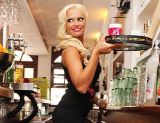 Café Katzenberger auf Mallorca läutet Saison 2012 ein