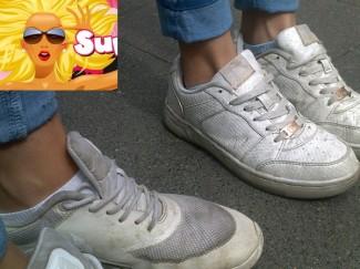 """++ Trend-Check ++: Weiße """"Used"""" Schuhe im Hochsommer"""